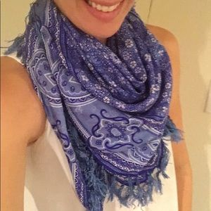 Roots 100% silk scarf